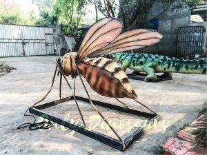 Realistic Big-winged Animatronic Mosquito
