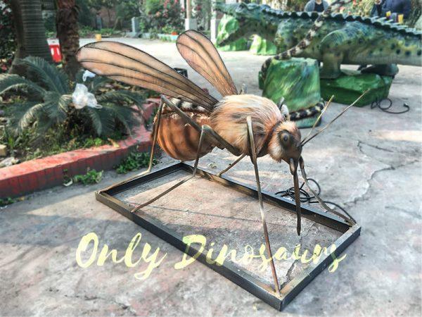 Realistic-Big-winged-Animatronic-Mosquito3-1