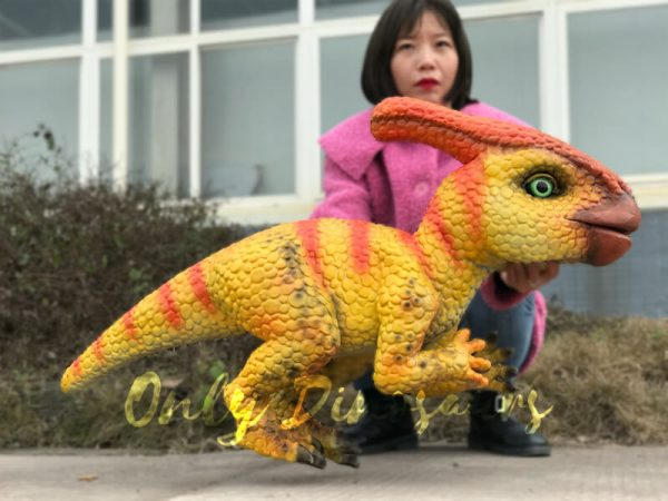Stunning-Parasaurolophus-Dinosaur-Arm-Puppet6
