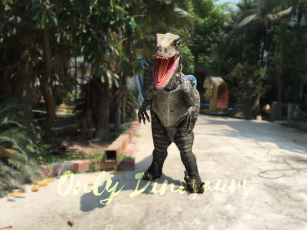 Super-Realistic-Single-man-Velociraptor-Costume-with-Hidden-Legs2