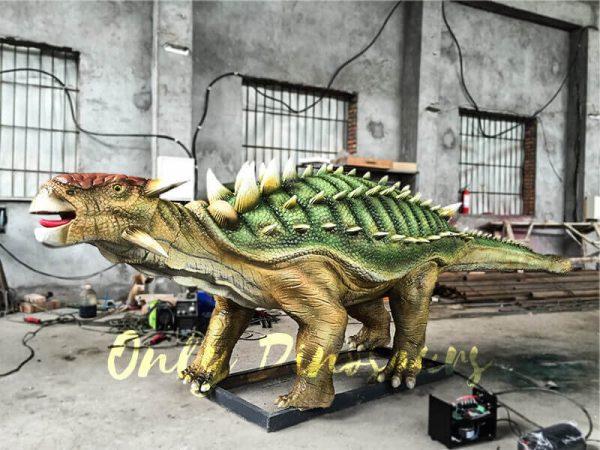 Unique-Green-Animatronic-Ankylosaur-with-Fine-Details-1