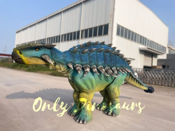 Vivid-Ankylosaur-Blue-Costume-Controlled-by-two-person1