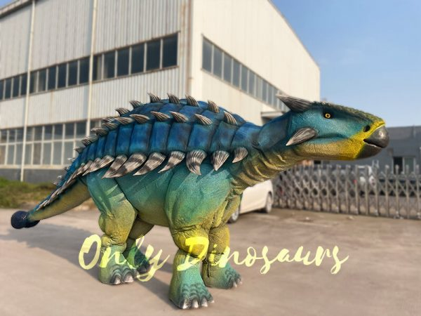 Vivid-Ankylosaur-Blue-Costume-Controlled-by-two-person6