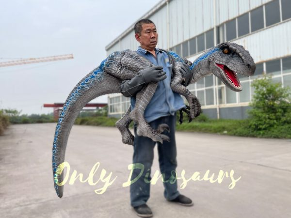 Vivid-Wearable-Hand-Control-Raptor-Shoulder-Puppet4