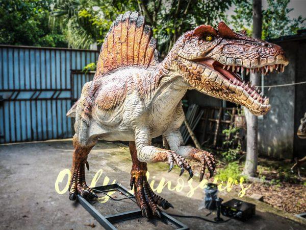 lifelike-Animatronic-Roaring-Spinosaurus-Dino-Statue7-1
