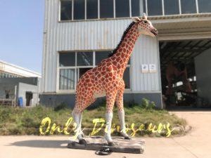 Distinctive Simulation Animatronic Giraffe Model