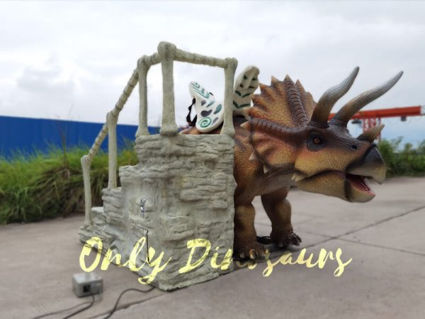 Electric-Triceratops-Ride-Powered-by-Remote-Control1
