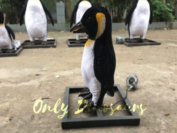Lifelike-Animatronic-Baby-Penguin3