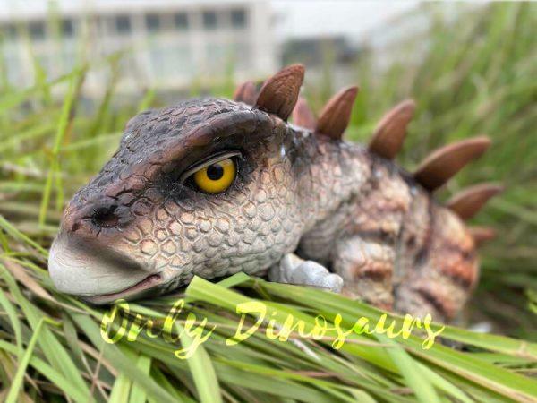 Naughty-Stegosaurus-Dinosaur-Handheld-Puppet5