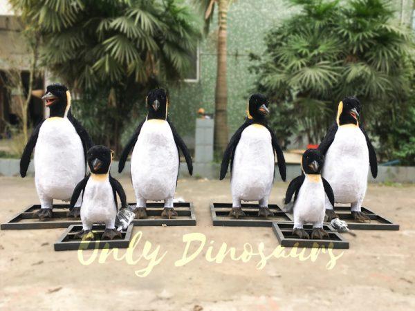 Vivid-Animatronic-Family-Penguin-Models1