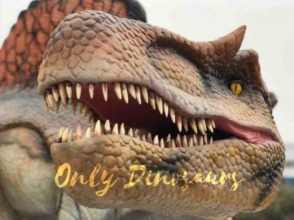 Vivid-Jurassic-Animatronic-Dino-Spinosaurus-Statue1