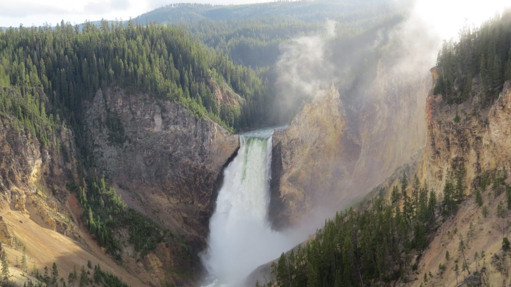 18-Best-Places-to-Travel-in-July-Destinations-in-the-U.S.-Waterfall