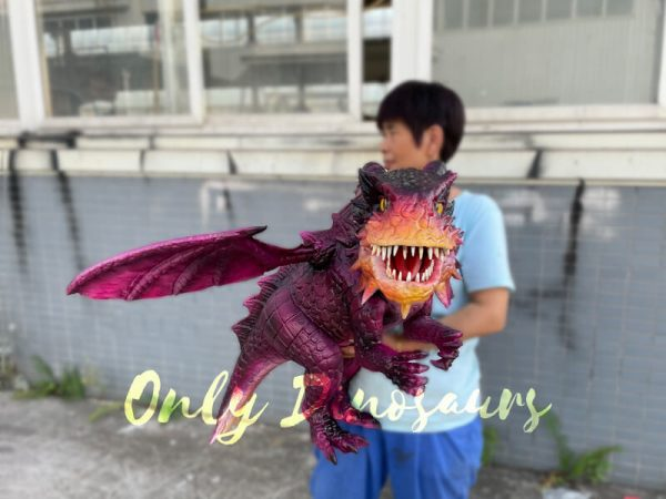 Adorable-Baby-Dragon-Hand-Puppet-for-Cosplay-Party5