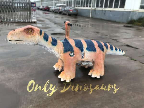 Electric-Brontosaurus-Ride-for-Amusement-Park4