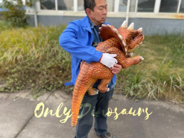 Lifelike-Dino-Triceratops-False-Arm-Puppet6