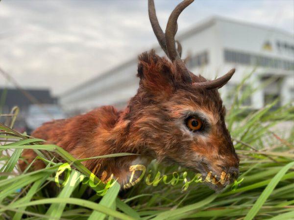Lifelike-Reindeer-False-Arm-Animal-Puppet1