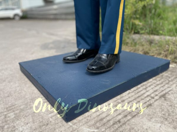 Outdoor-Life-Size-PLA-Soldier-Statue-for-Exhibition1