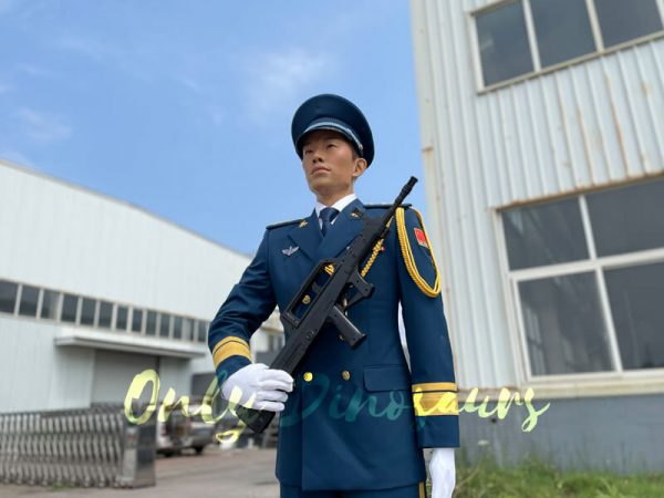 Outdoor-Life-Size-PLA-Soldier-Statue-for-Exhibition3