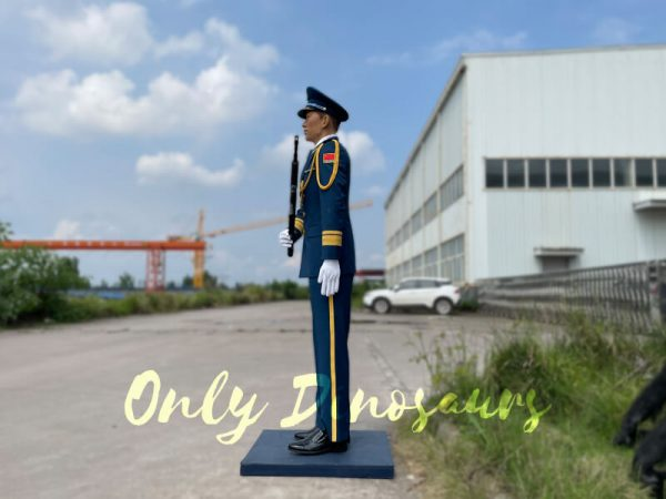 Outdoor-Life-Size-PLA-Soldier-Statue-for-Exhibition4