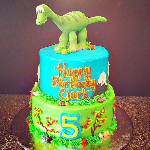 35-Unique-Dinosaur-Cake-Ideas-Everybody-Will-Love-Enjoy-15-Pixar-Cakes-Made-By-The-Worlds-Most-Creative-Bakers