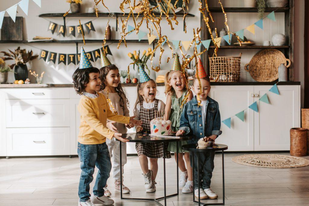 35-Unique-Dinosaur-Cake-Ideas-Everybody-Will-Love-Enjoy-Birthday-Party