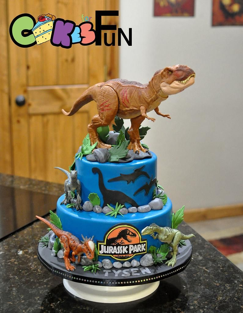 35-Unique-Dinosaur-Cake-Ideas-Everybody-Will-Love-Enjoy-Jurassic-Park-Dinosaur-Cake
