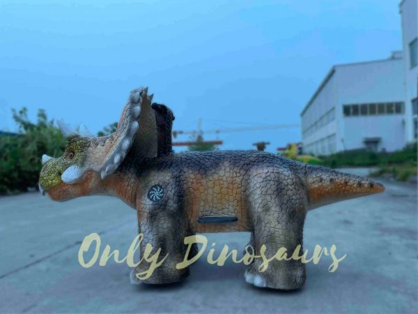 Baby-Triceratops-Dino-Ride-for-Kids-Part1