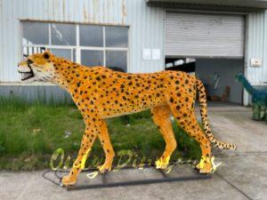 Realistic Animatronic Cheetah Animal Model