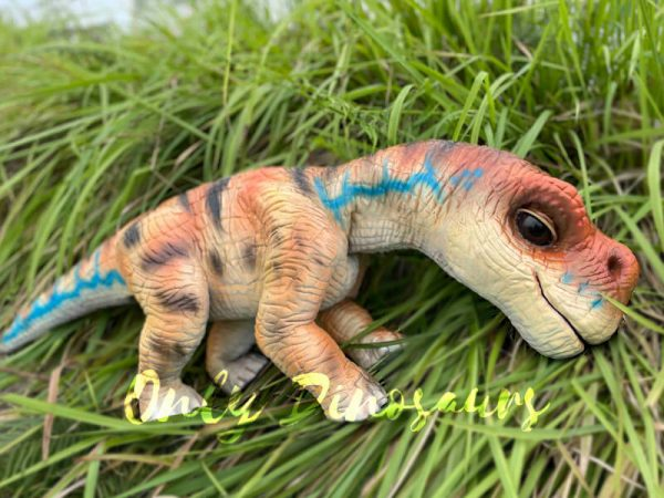 Realistic-Brachiosaurus-Baby-Dino-Puppet1