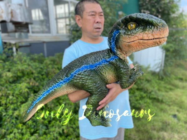 Vivid-Hand-Velociraptor-Puppet-for-Sale3