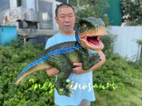 Vivid-Hand-Velociraptor-Puppet-for-Sale4