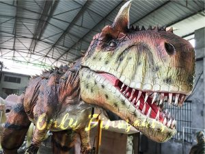 Realistic Animatronic Carnotaurus Statue Park Decoration