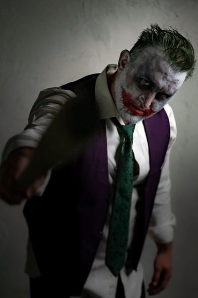 Costume-ideas-Suit-up-as-the-Joker
