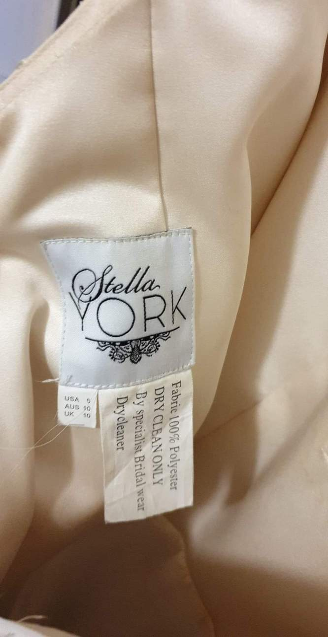 fit and flare stella york wedding dress | preowned wedding dress
