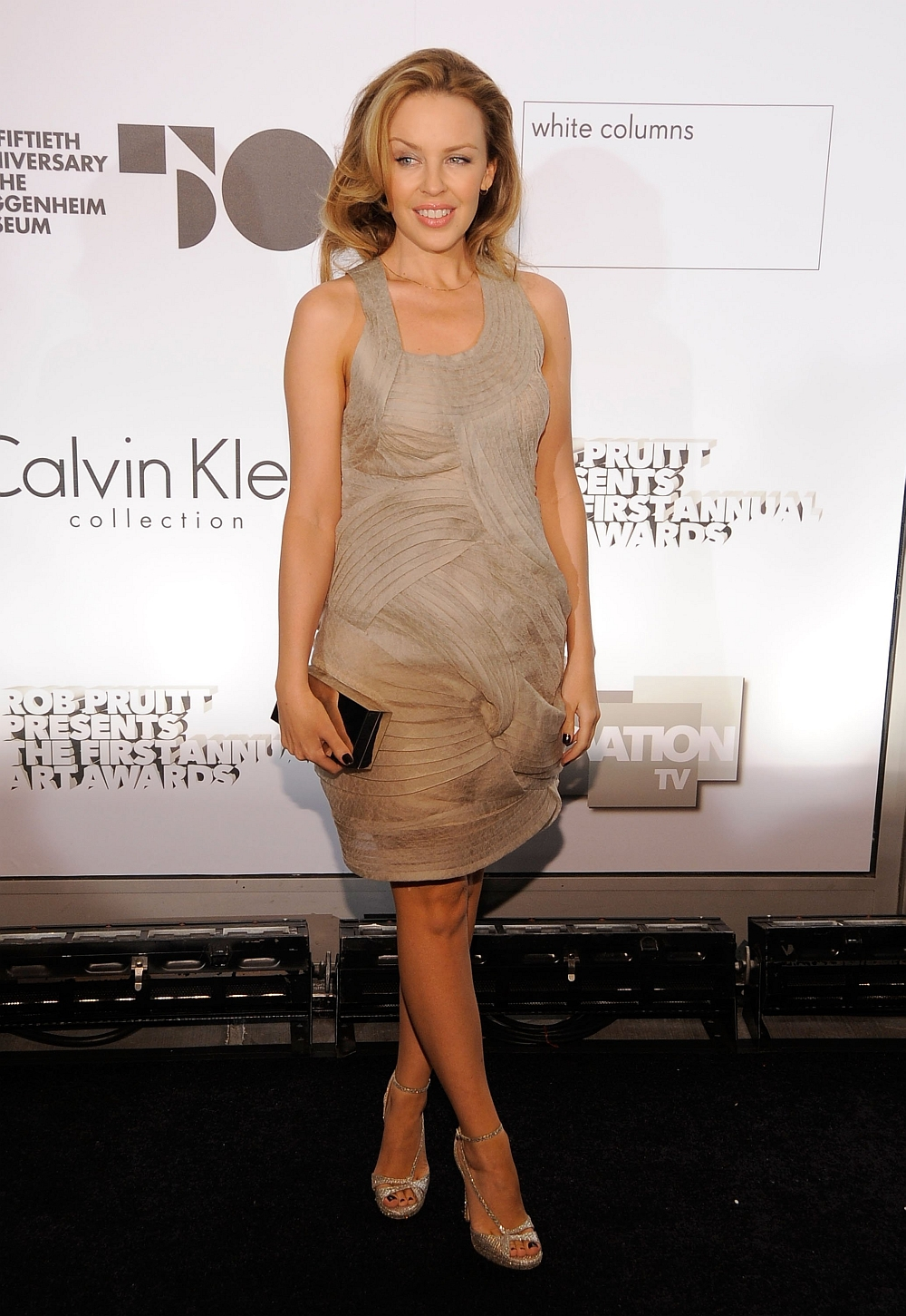Kylie_Minogue_at_the_1st_Annual_Guggenheim_Art_Awards_in_New_York_City1