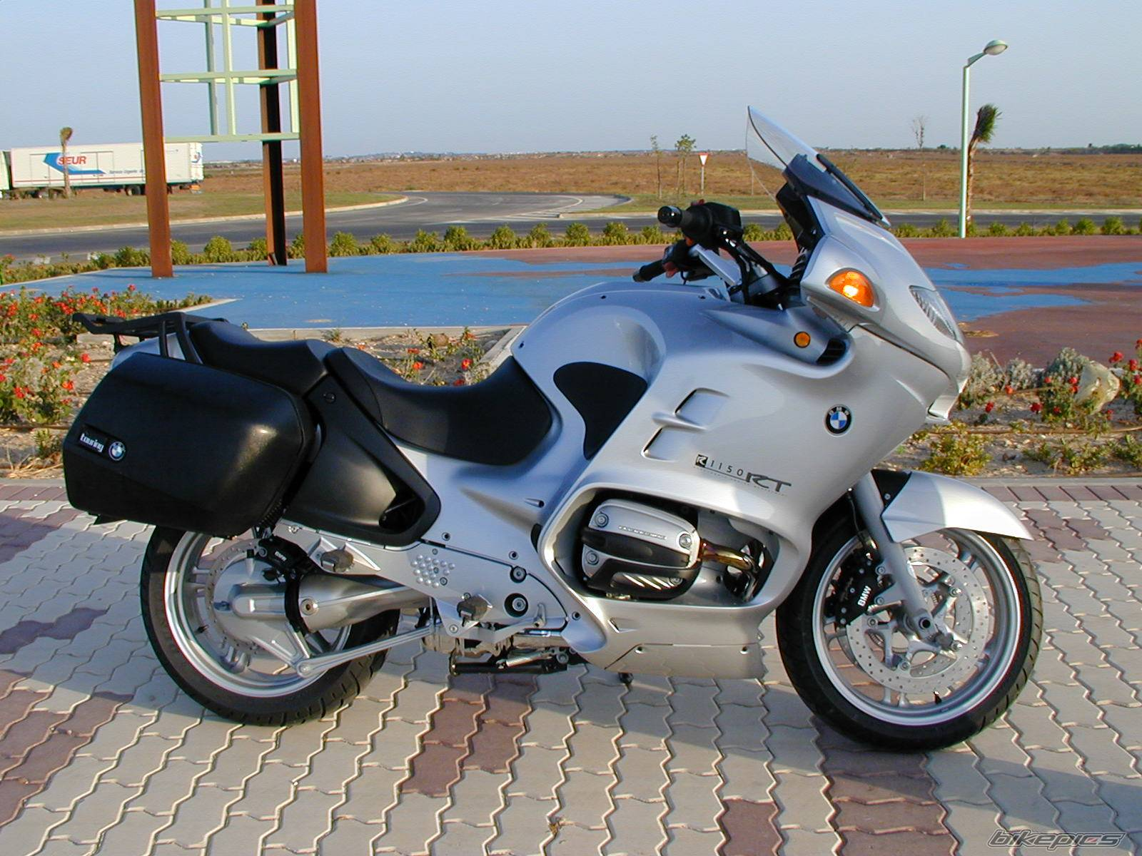 hight resolution of  bmw r1150rt 2002 images 162643