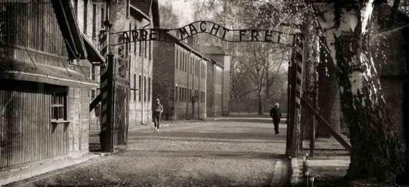 Visit Auschwitz and Birkenau- Auschwitz tour from Krakow