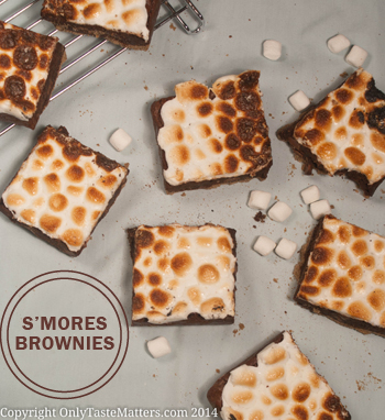 Ooey Gooey S'mores Brownies with a #GlutenFree #GrahamCracker Crust. for the full #recipe, visit OnlyTasteMatters.com.