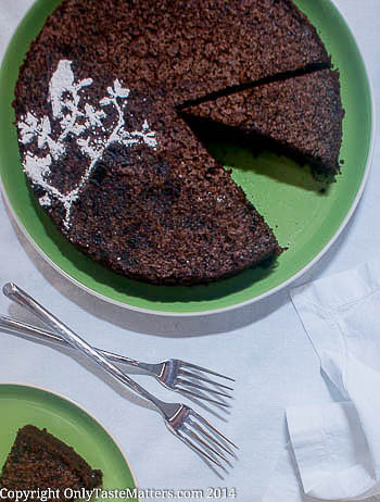 Spiced Chocolate Olive Oil #Cake. So moist and tender. Yum! #glutenfreebaking #dessert #cakerecipe