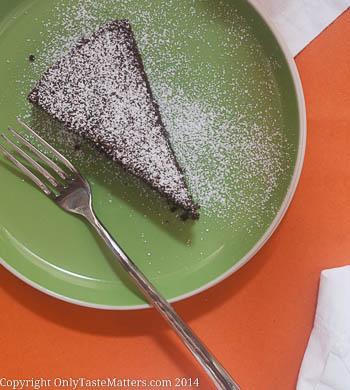 Spiced Chocolate Olive Oil #Cake. So moist and tender. Yum! #glutenfreebaking #dessert #cakerecipe