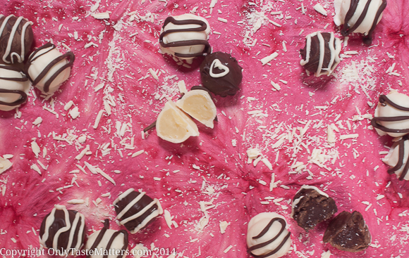Give a homemade gift this Valentine's Day. Make these Easy Chocolate Ganache Truffles.