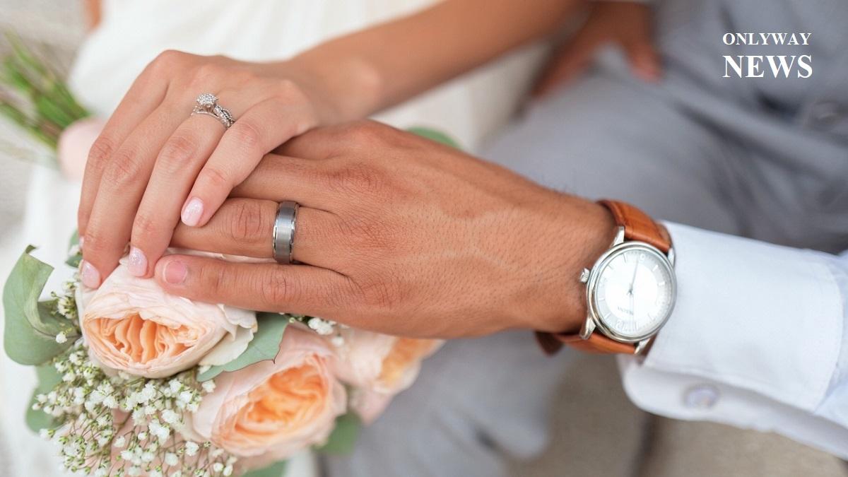 Свидетельства о браке в Англии и Уэльсе с указанием имен матерей впервые