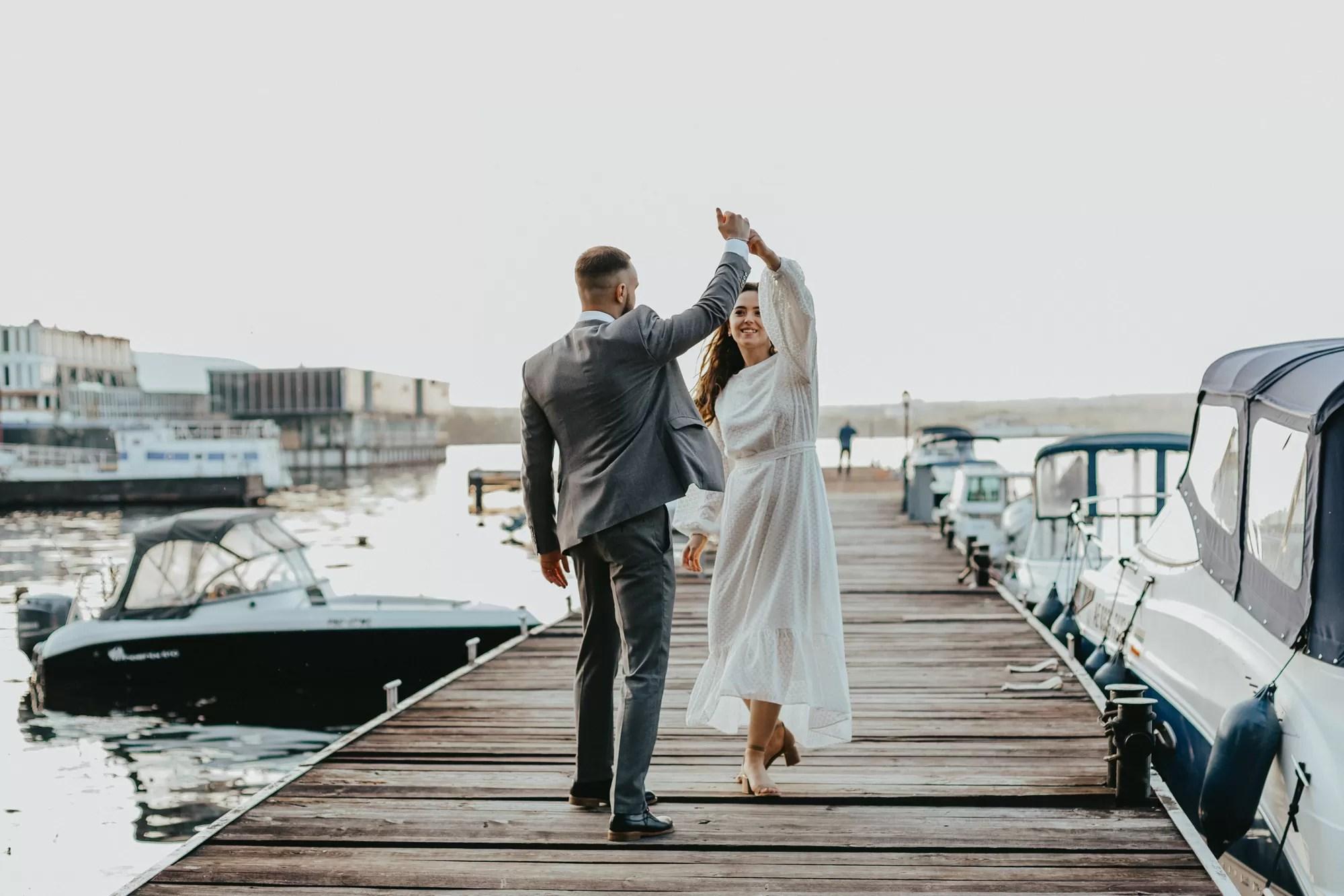 Зимняя свадьба  идеи оформления 2020