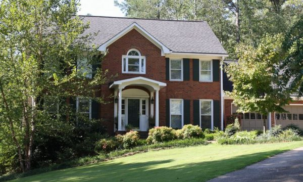 Woodstock House In Crabapple Springs GA Neighborhood