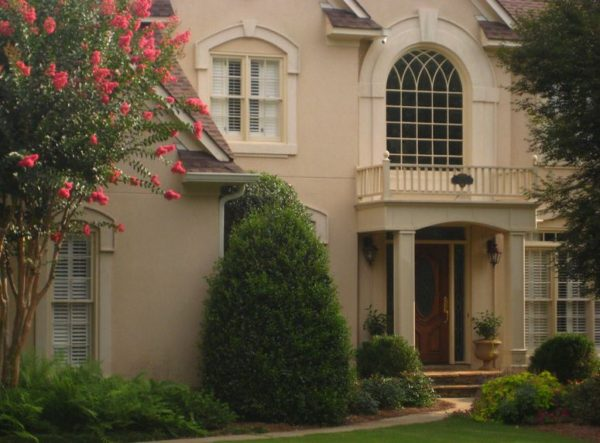 Roswell Home In Hamilton Commons Subdivision