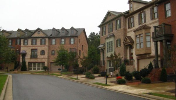 arlington-pointe-johns-creek-townhome-community