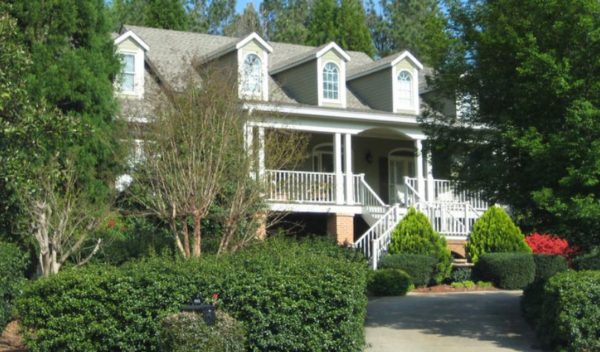 home-in-hamptons-grant-alpharetta-neighborhood