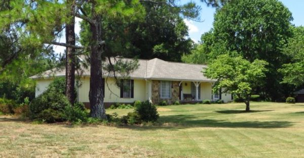 roswell-home-in-saddle-creek-community