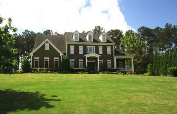 milton-ga-house-in-champions-overlook-neighborhood