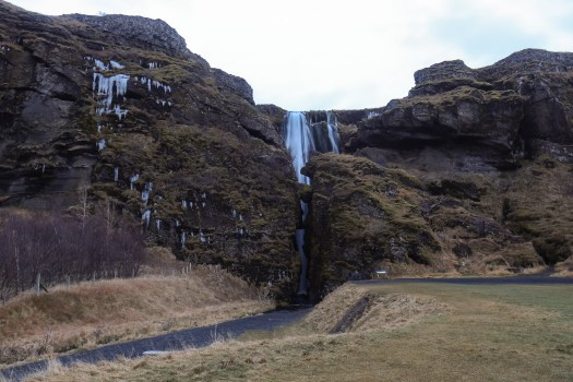 road-trip en Islande cascade Gjúlfrabúi